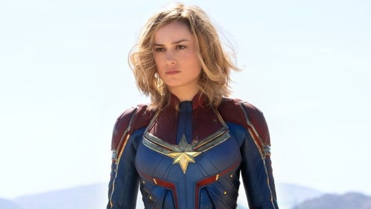 Capitan Marvel si mostra
