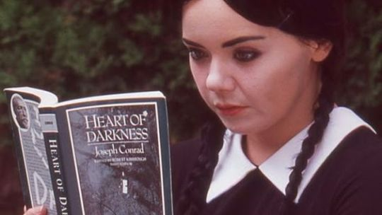Adult Wednesday Addams – La miniserie che non vi aspettavate!