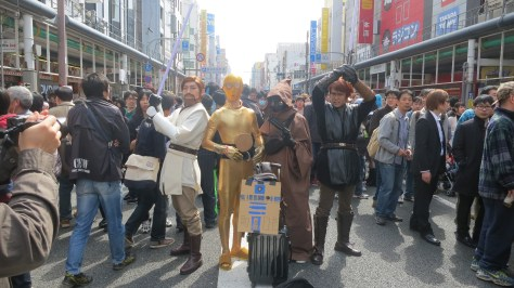 Not going to lie, I wasn't expecting anyone to cosplay prequel Star Wars characters. Kudos to that R2-D2.