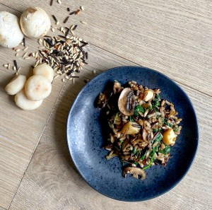 Spinach, Mushrooms and Wild Rice Bowl