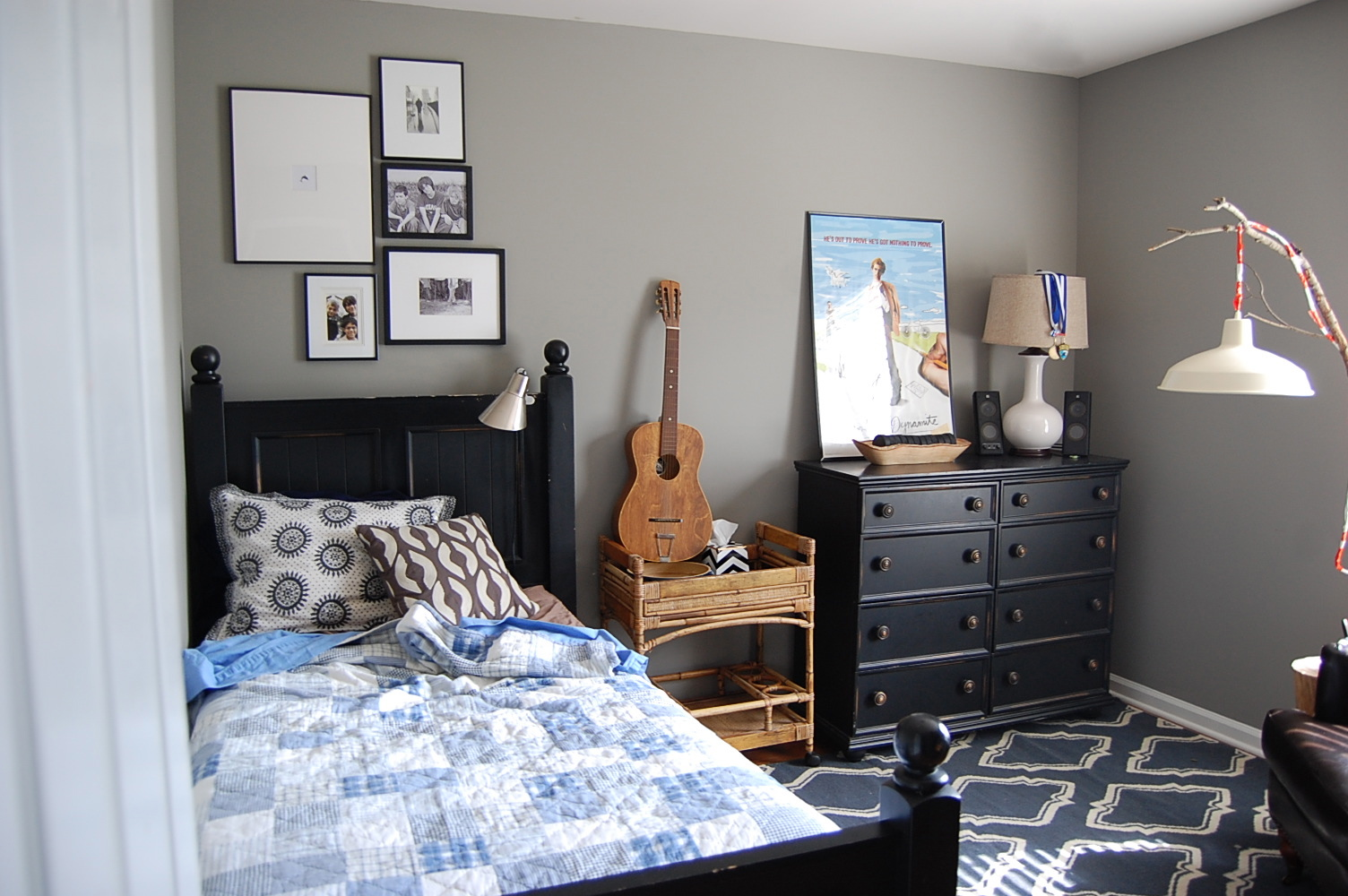 boy rooms on Small Room Ideas For Teenage Guys  id=39843