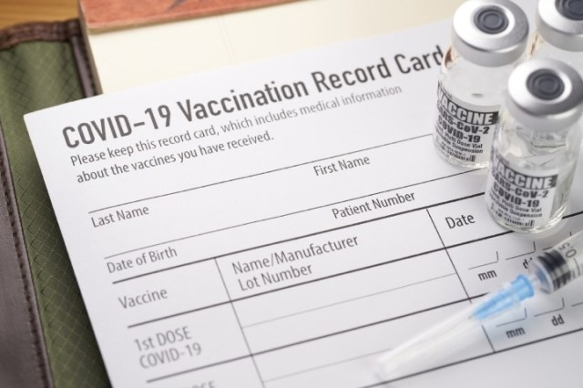 """""""Government Is Not Being Transparent"""": mRNA Technology Inventor Deviates from CDC, Sounds Alarm on Risks of COVID-19 Vaccines"""