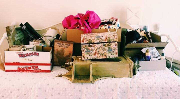 I Decluttered KonMari Style || Marie Kondo || Minimalism