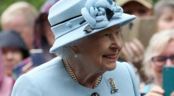 Queen Supportive of Harry & Meghan's New Role