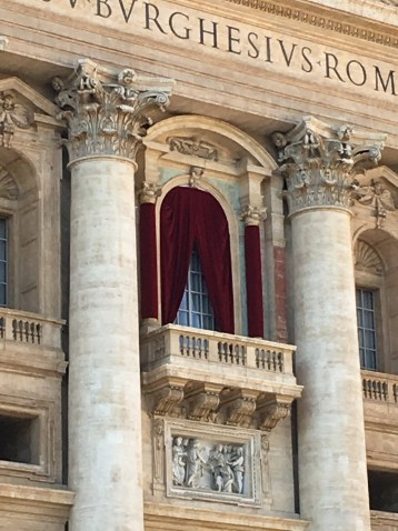 Where the Pope addresses the people
