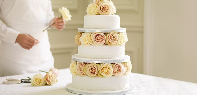 Wedding Cake Art | The Newport Bride