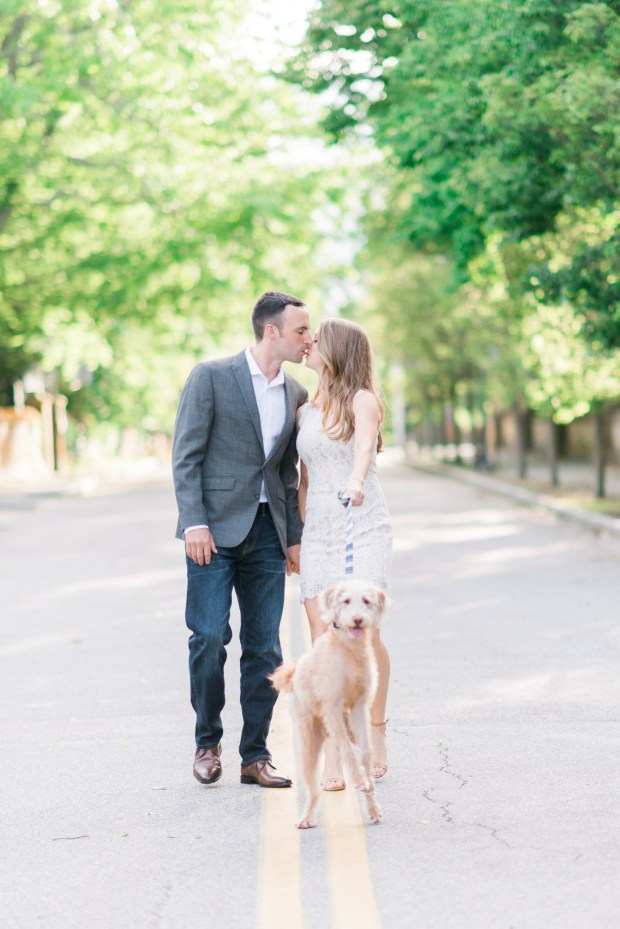 Morgan and Ben's Newport Engagement Session - SO CUTE! | The Newport Bride
