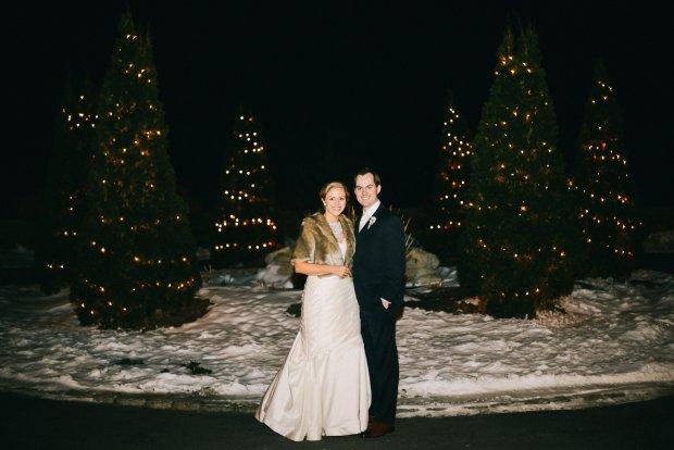 Colleen and Scott's Winter OceanCliff Wedding | The Newport Bride