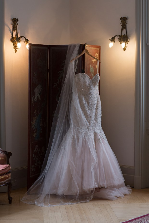 Ariana and Elie's Blush Toned Rosecliff Wedding on The Newport Bride a Rhode Island Wedding Blog