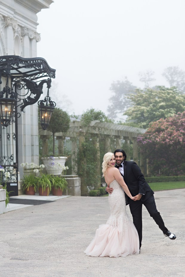Adriana and Elie's Blush Toned Rosecliff Wedding on The Newport Bride a Rhode Island Wedding Blog