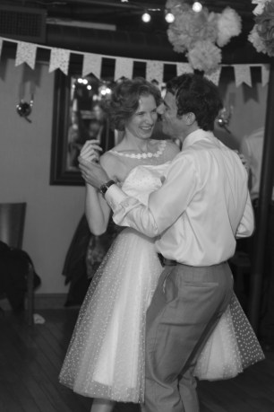 Hay_Simmons_FianderFoto_FianderFotoCathieAndrewFallWedding1141_low