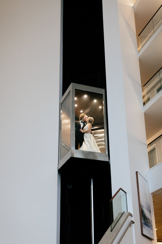 Newport-Marriott-Hotel-rhodeisland-wedding-photography1233