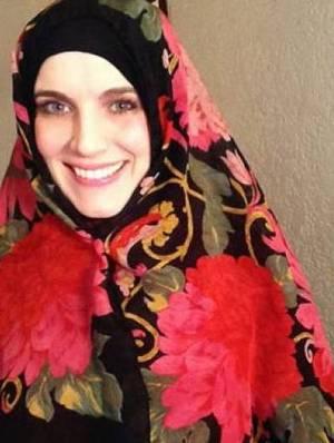 1032812-hijab-1453527647-687-640x48022