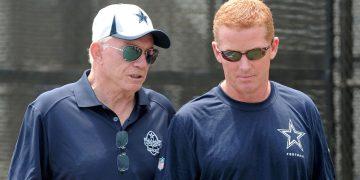 Latest News: Cowboys owner Jerry Jones says he's sticking with Jason Garrett – ESPN