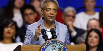 chicago-mayor-lori-lightfoot-says-she's-unlikely-to-back-warren,-sanders-or-biden:-'they-haven't-reached-out'