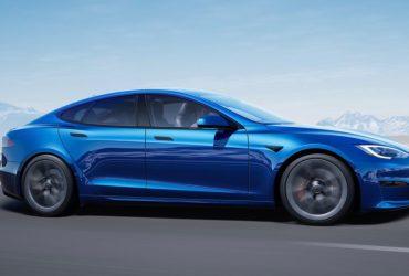 25 lucky customers get Tesla Model S Plaid sedans