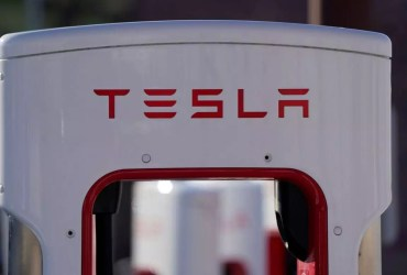 Tesla rewrote software to get the better of the ongoing global chip shortage