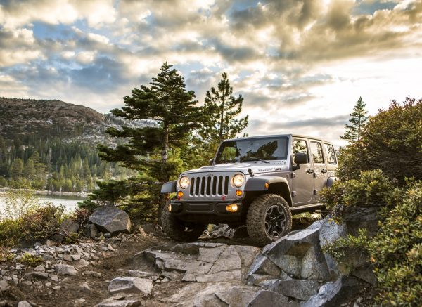 About.com Lists Pros and Cons of Driving a Jeep Wrangler ...