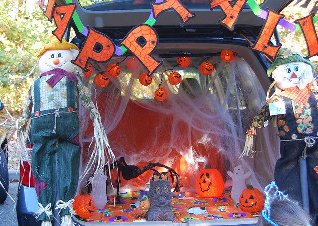 Trunk or treat decorations aplenty