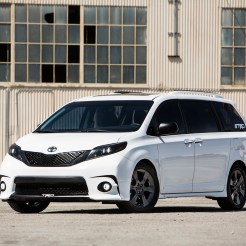 Toyota Sienna SE + concept