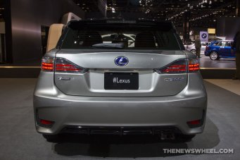 2016 Lexus CT 200h at Chicago Auto Show bumper