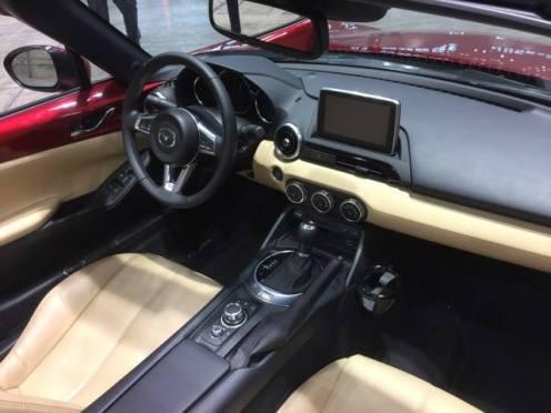 Mazda MX-5 Cabin