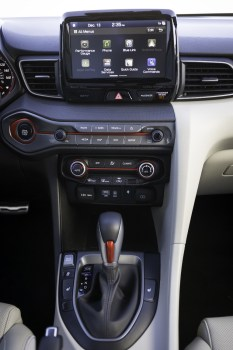 2019 Hyundai Veloster hatchback car redesign generation stick shift