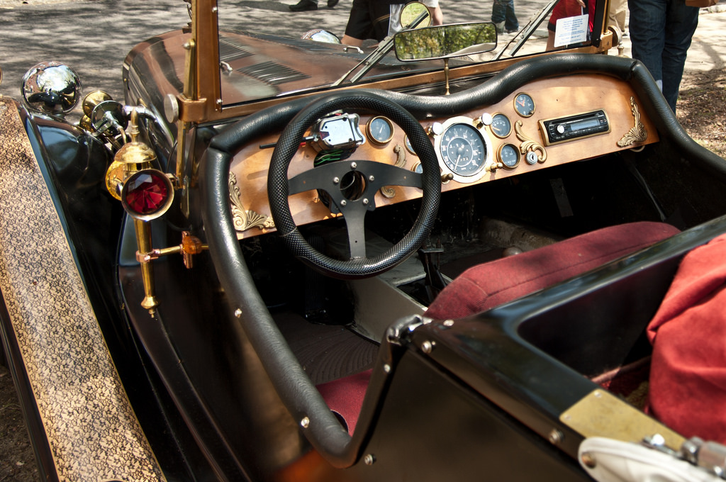 Affordable Creative Ways To Make Any Car Look Steampunk