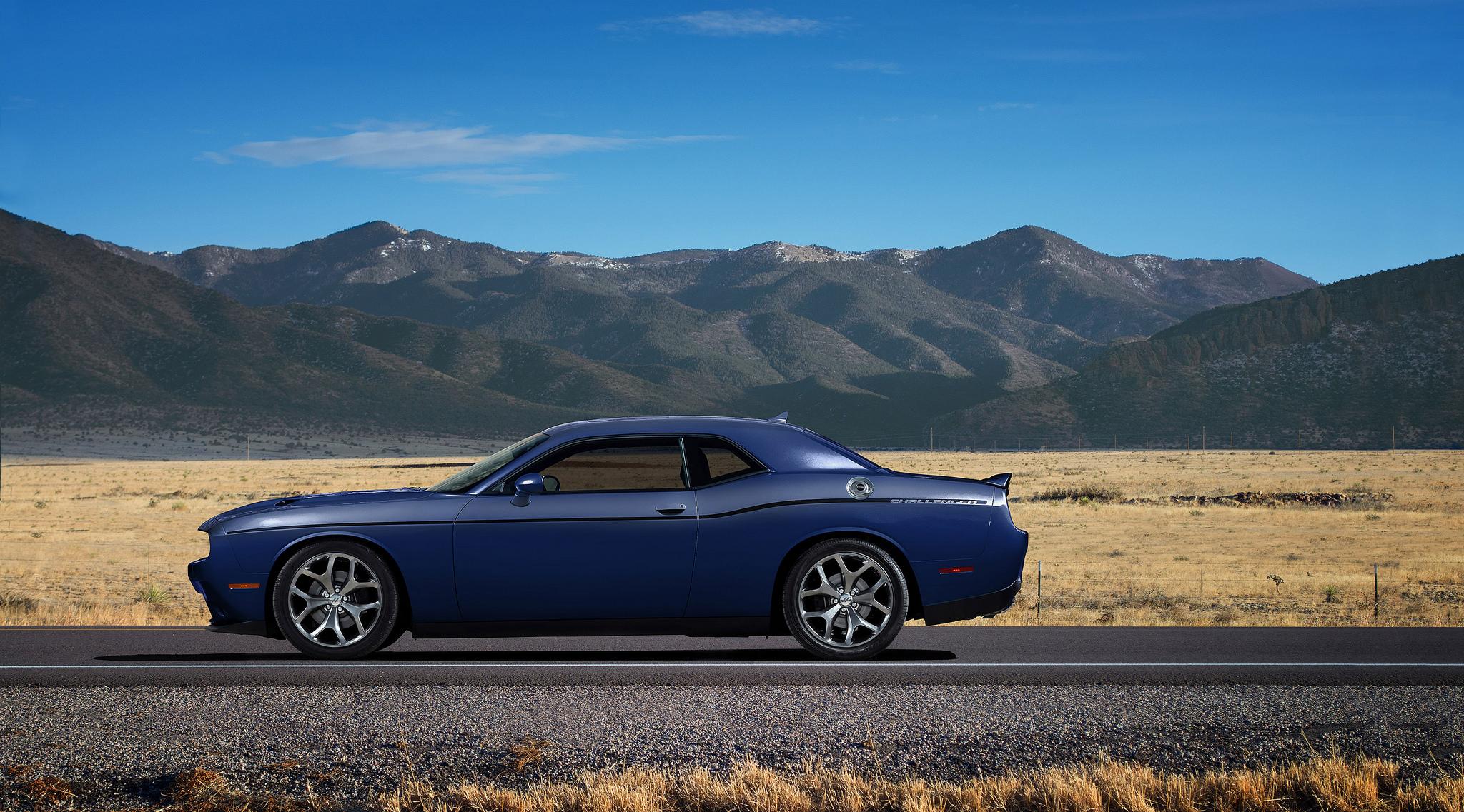 2018 Dodge Challenger Sxt Delivers Sporty Performance