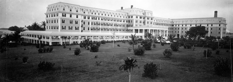 Royal Palm Hotel and lawn. (State Archives of Florida, Florida Memory)