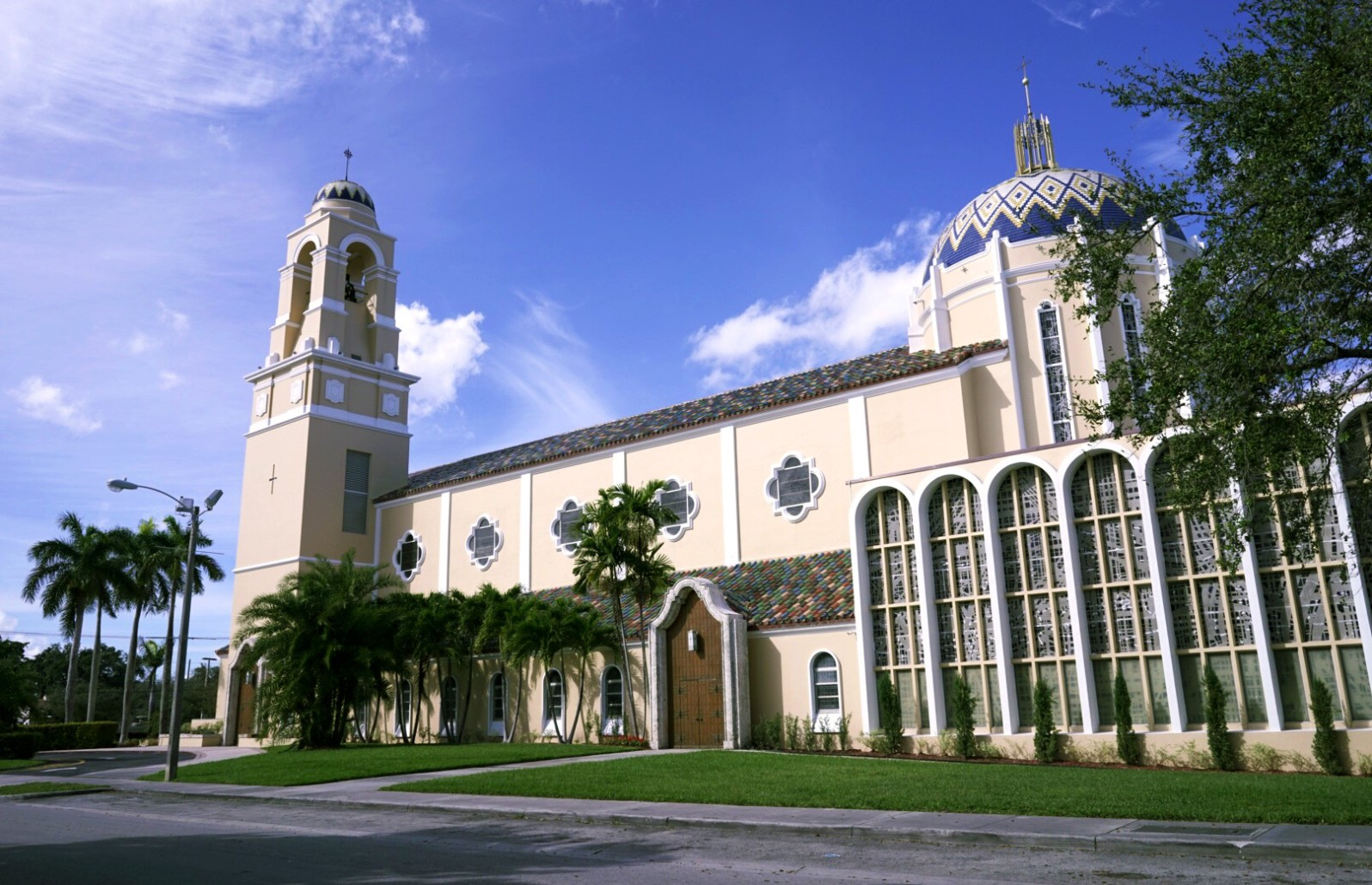 the Cathedral of St. Mary. (Courtesy of Elizabeth Fernandez)