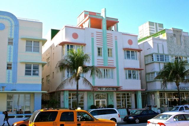Art Deco residences lining Ocean Drive (Courtesy of Miami Design Preservation League)