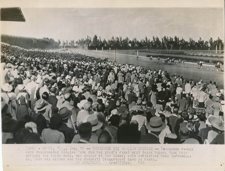Thosuands pack the stands for a meet in the 1950s (Courtesy of Hialeah Park)