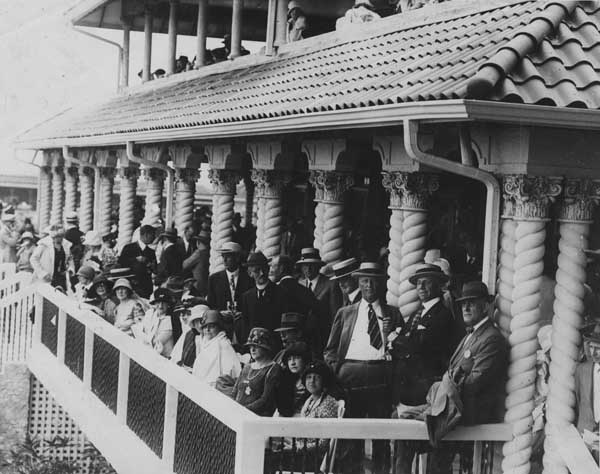 Opening Day at Hialeah Park in 1925 (Courtesy of HistoryMiami)
