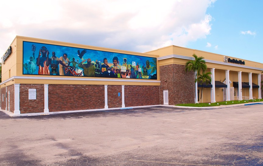 OneUnited Bank in Liberty City (Photo Courtesy of OneUnited Bank)