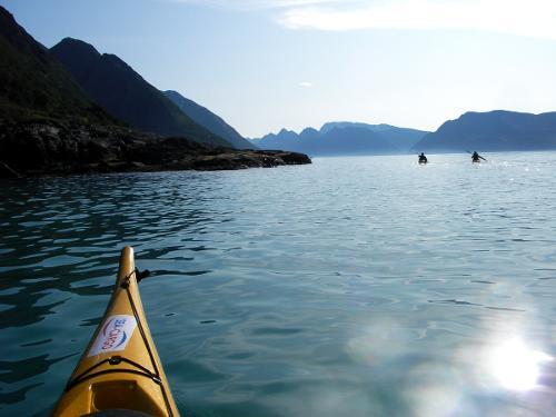 Sea kayakers on the Loppa Peninsula - Photo: Mike Devlin