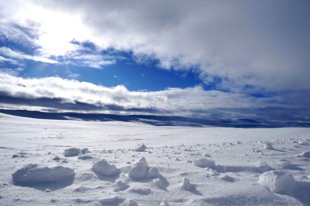 Snow and ice (Photo: Robert Hollingworth)