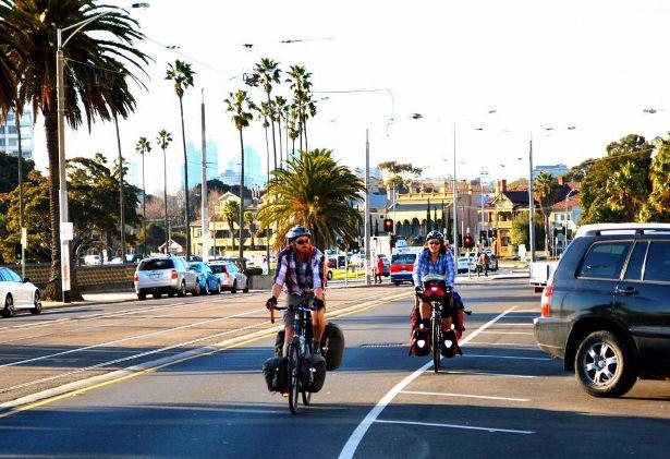 Arriving in St Kilda (Photo: Jonathan Moss)
