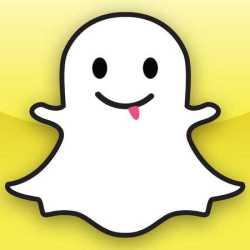 snapchat-logo-social-media-facebook-takeover-handbag