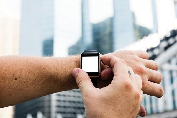 Man wearing an Apple watch