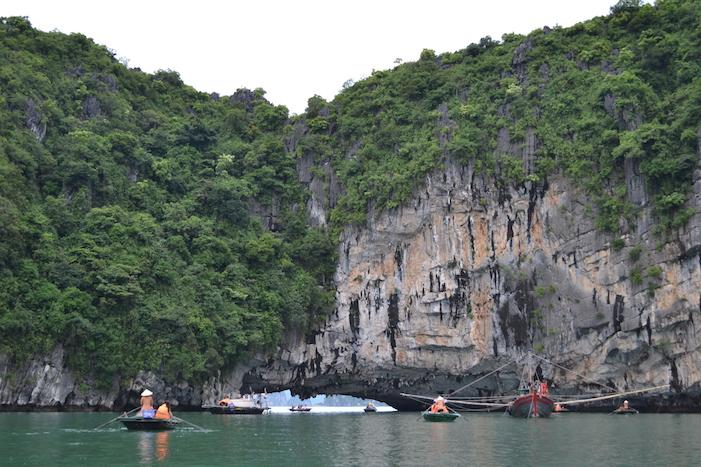 Paseo en barca desde el pueblo de pescadores
