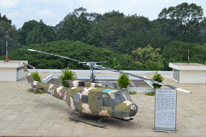 Helicóptero en la azotea del Palacio de la Reunificación