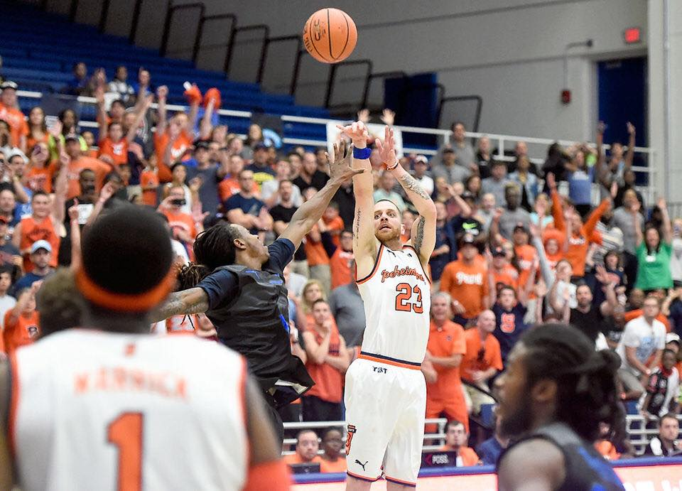Former Syracuse guard Eric Devendorf is ready to learn and grow as a coach at Detroit Mercy