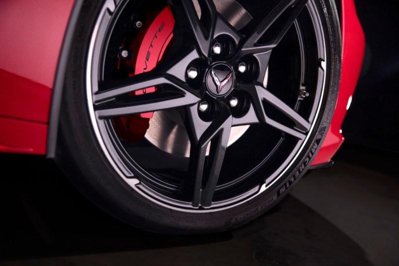 2020-Chevrolet-Corvette-Stingray-037.jpg