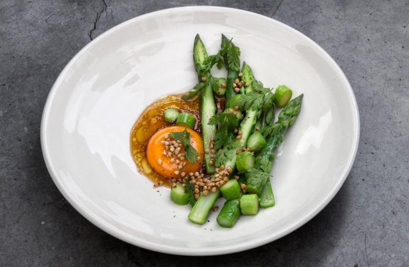 asparagus-buckheat-burford-brown-egg.jpg
