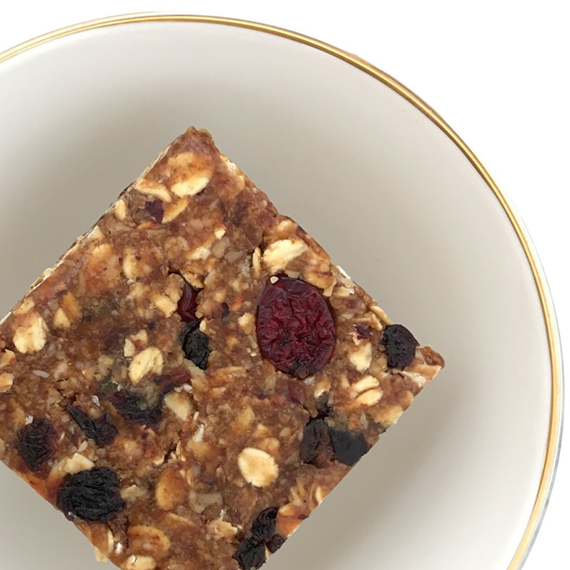 TheNibbleBox Captain Currants Granola Bar