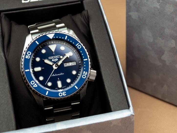 Seiko SRPD51K1  blue dial blue insert 1
