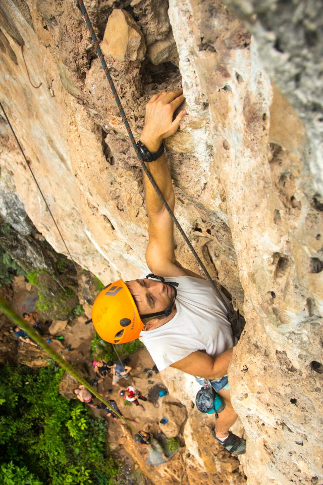 Best thing to do in Laos Vang Vieng rock climbing