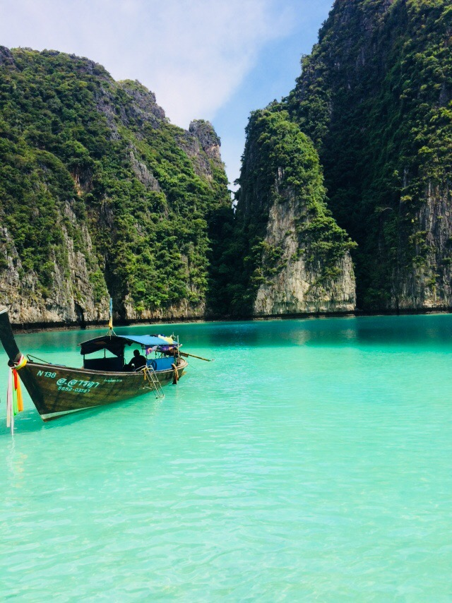 things to do Phi Phi, maya bay, maya bay thailand, maya bay closed, thầy bảy dạy maya, maya bay tours, maya bay camping, ko phi phi maya bay, tour maya bay
