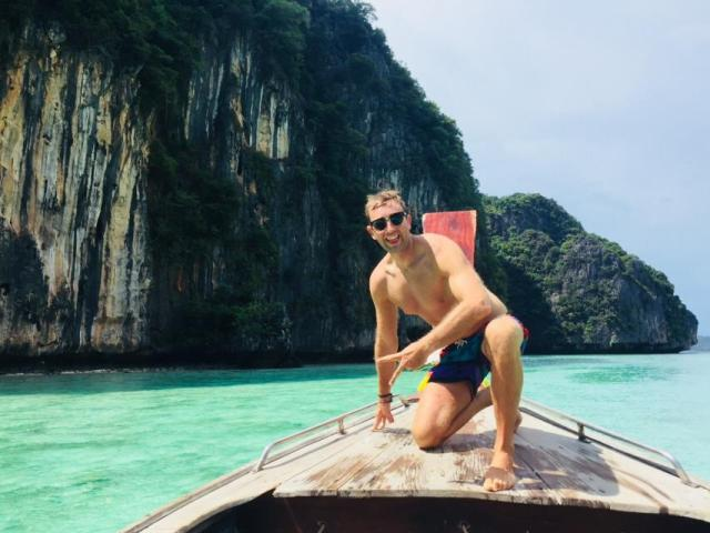 Private boat hire on Phi Phi islands